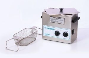 DuraSonic DS360HT, 1Gal Ultrasonic Cleaner w/Heater and Mechanical Timer, Venture Medical Requip